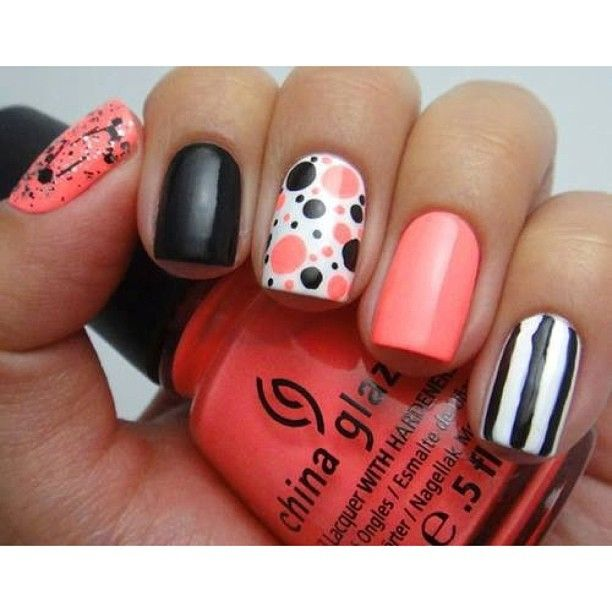 Dotted Nail Art Design - Coral and Black