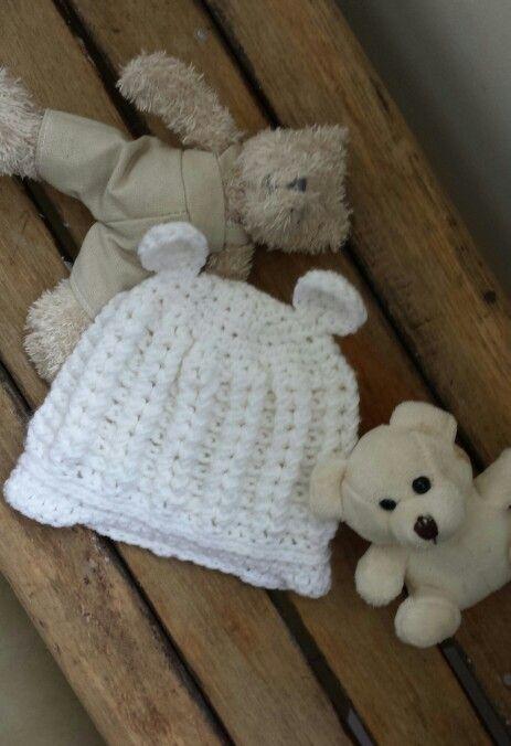 Crochet bear hat for newborn