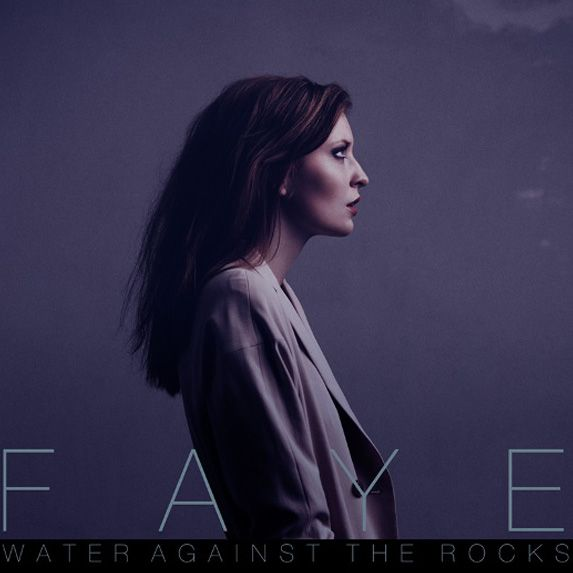simple lighting and pose.The Rocks, Pop Artists, Beautiful Portraits, Beats4La Music, Music Post, Rocks Radios, Music Videos, Rocks Music, Faye Water