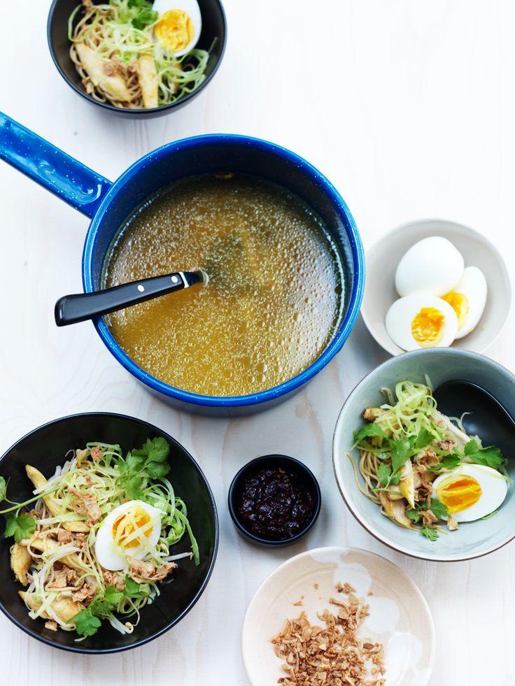 Recept voor soto soep met spitskool. Lees meer op ZTRDG.nl.