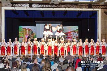 Πάσχα, Πρωτομαγιά, Άνοιξη σε μια μεγαλειώδη μουσικοχορευτική παράσταση στο #Μόντρεαλ! ______________________________ Γράφει η Ιουστίνη Φραγκούλη- Αργύρη http://fractalart.gr/easter-mondreal/