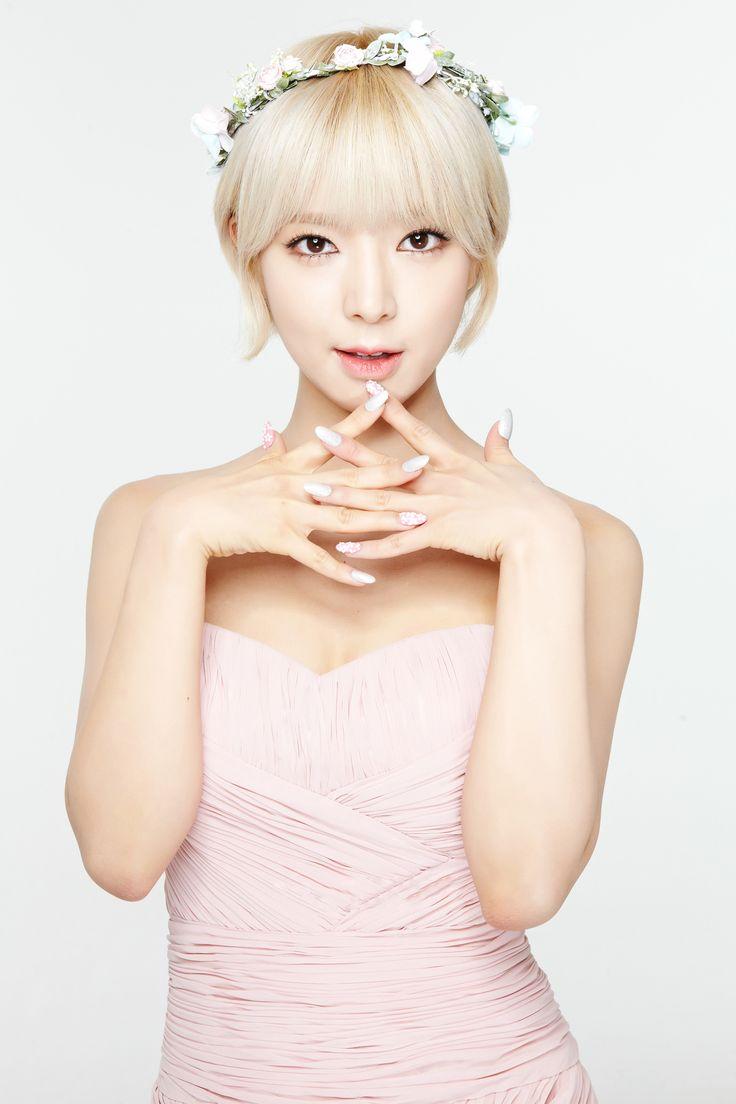 AOA Choa. Style inspiration, she is so pretty and AOA is amazing :)