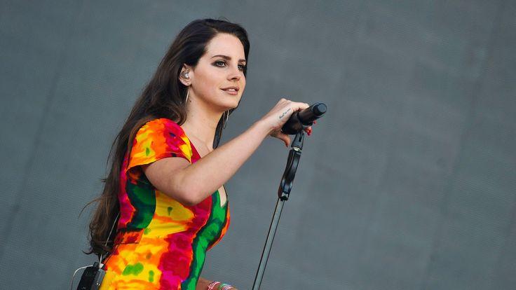 Lana Del Rey - Ultraviolence (Live at #Glastonbury2014)