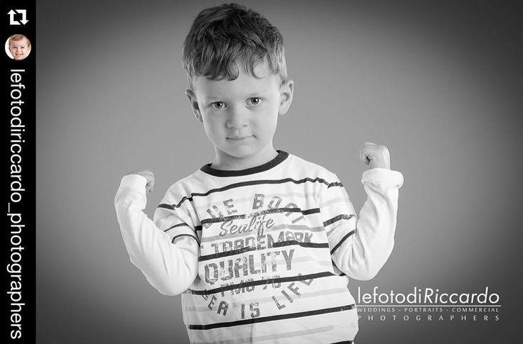 picoli bulli crescono! Meglio fotografarli prima che scappino!  http://ift.tt/1Gkz96n #instamamme #mammeblogger #fotografia #newborn #kids #pistoia #photooftheday #mammeimperfette #mamme #newbornphotographer #lefotodiriccardo #juniorphotographer #fotobambino #bambinifelici #fotografi #juniorphotoplanet #ritrattodifamiglia #instakids #fotodifamiglia #familyportrait #photography #cutekidsclub #serviziofotografico #shooting #babyphoto #photo #bimbi #lovephotography #tuscany