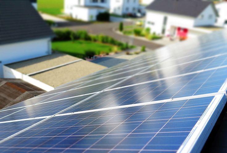 A gigante especializada em energia limpa BYD e a Universidade Estadual de Campinas (Unicamp) assinaram uma carta de cooperação entre as instituições para instalação de um Centro de Pesquisas Fotovoltaicas, com objetivo de fomentar atividades de projetos de Pesquisa e Desenvolvimento (P&D) no setor de energia solar fotovoltaica. Esse será o primeiro centro de P&D fora da China realizado pela BYD. O acordo prevê repasses de mais de R$ 5 milhões para a universidade até 2020. O suporte…