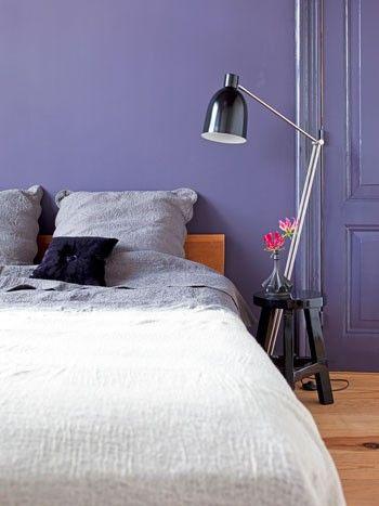 paarse muur - slaapkamer