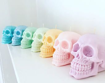Pastel skull candles - set of two - 100% soy-wax - vegan candles - Gift Idea / Birthday / Day of the dead / new home gift / pastel goth