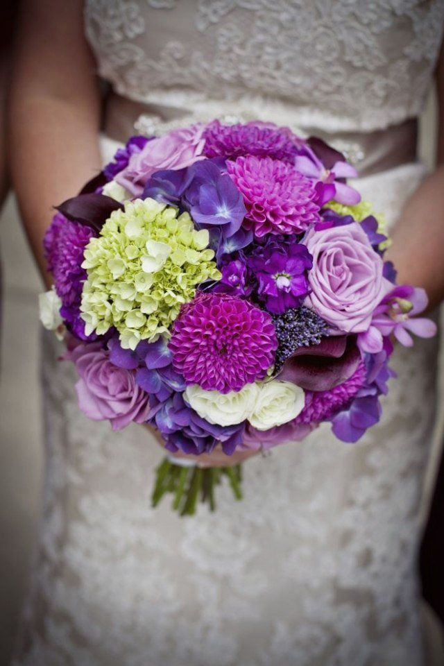 Букет невесты в сиреневом стиле