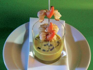 Kürbis-Curryschaum-Suppe+mit+gebratenen+Garnelen