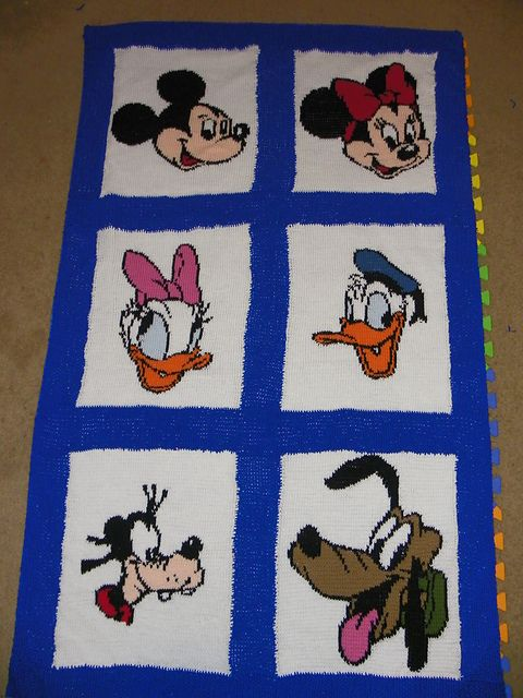 Disney Character Knitting Patterns : 17 Best images about Handmade Disney and Disney Crafts on Pinterest Disney,...