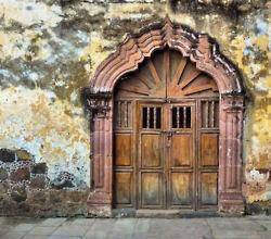 door.....somethings age so well!
