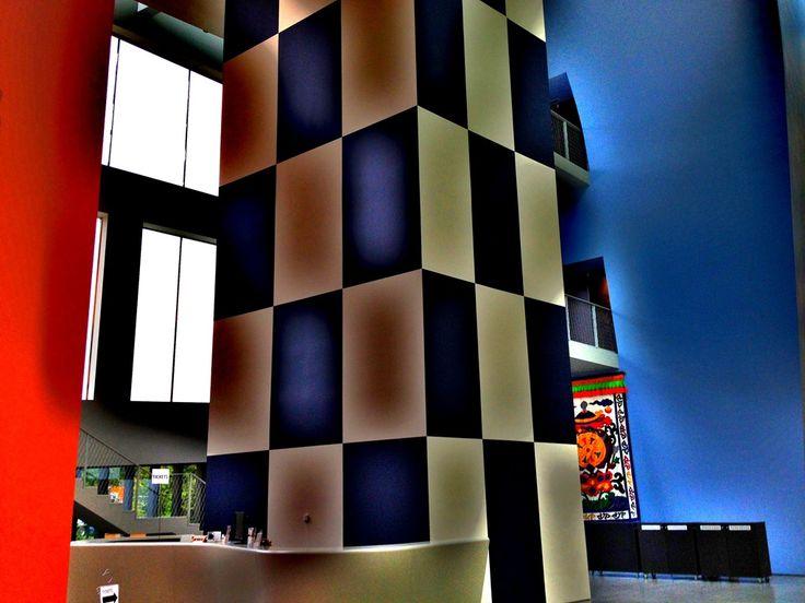 """Fabrice Billiard COPYRIGHT © 2012 Musée Hergé Louvain-la-Neuve Hommage a George Rémi dit """"Hergé"""" Créateur de notre Ami TINTIN"""