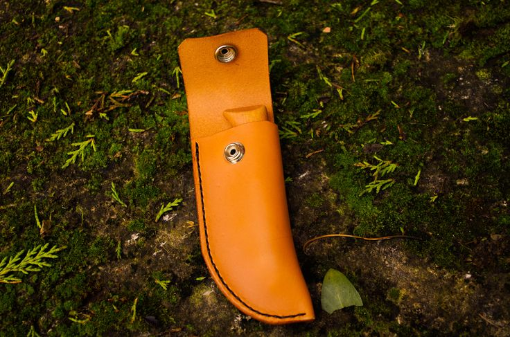 Leather Sheath Opinel, Victorinox.