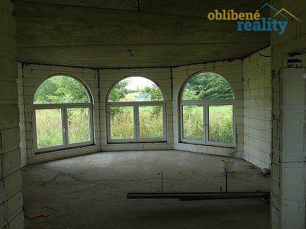 http://www.oblibenereality.cz/reality/prodej-rodinny-dum-249-m2-pozemek-16450-m2-kresetice-okr-kutna-hora-1926