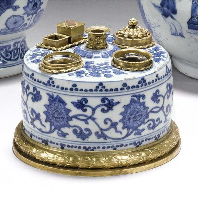 A gilt-metal mounted blue and white inkwell. The Ming dynasty porcelain, 16th century, the mounts later