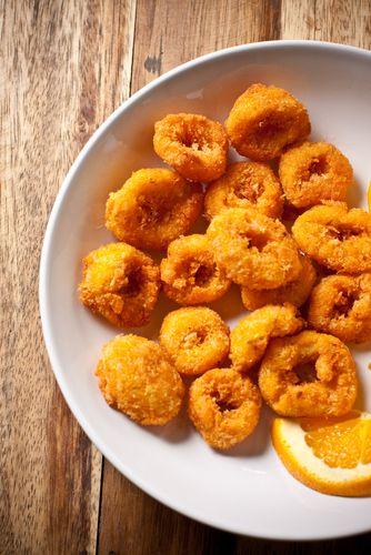 Calmars frits en croûte de maïs - Châtelaine