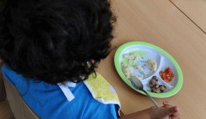 http://www.leprogres.fr/sante/2016/01/06/distinguer-le-caprice-du-trouble-alimentaire-chez-l-enfant    PREMIER CENTRE FRANCAIS SUR TROUBLES ALIMENTAIRES