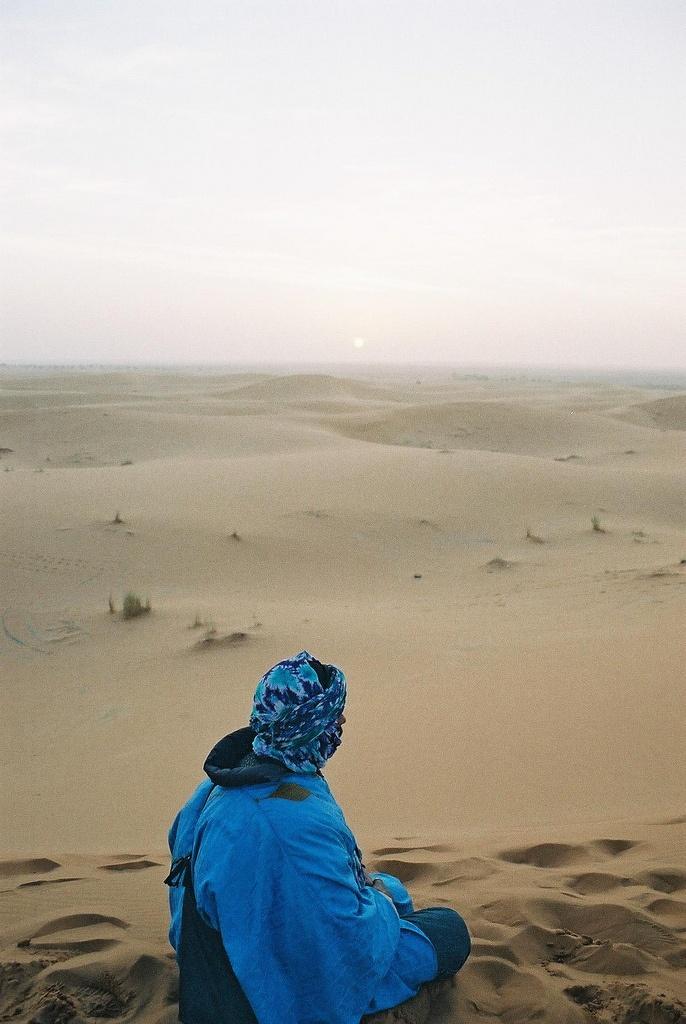 Il Marocco è uno dei Paesi di maggior fascino dell'Africa nord occidentale: bellezze naturali e un patrimonio storico, umano e artistico ricchissimo che ha saputo mantenersi intatto nel tempo. È difficile trovare, così vicino all'Europa, una gamma tanto varia di attrazioni: mare, deserti, montagne, giardini esotici, validi alberghi e una rete viaria efficiente.     http://www.lacabanaviaggi.com/it/offerte-viaggi/filter/d_Tour+del+Marocco-t_-t2_-p_-s_1