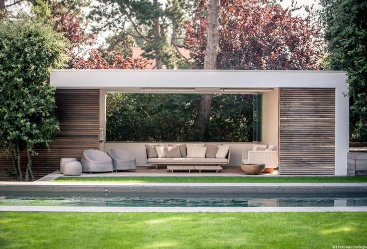 Poolhouse r in knokke belgium outdoor furniture by het - Modern house with pool ...