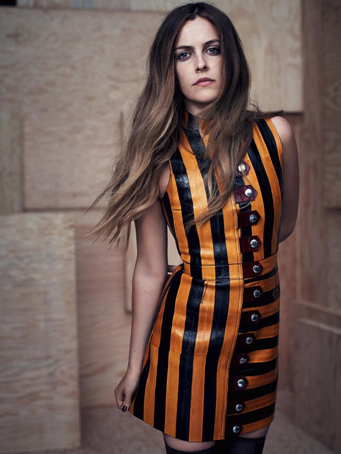 Riley Keough Loves Leather In Nathaniel Goldberg Images For Vogue Australia May2015 - 3 Sensual Fashion Editorials | Art Exhibits - Women's Fashion & Lifestyle News From Anne of Carversville
