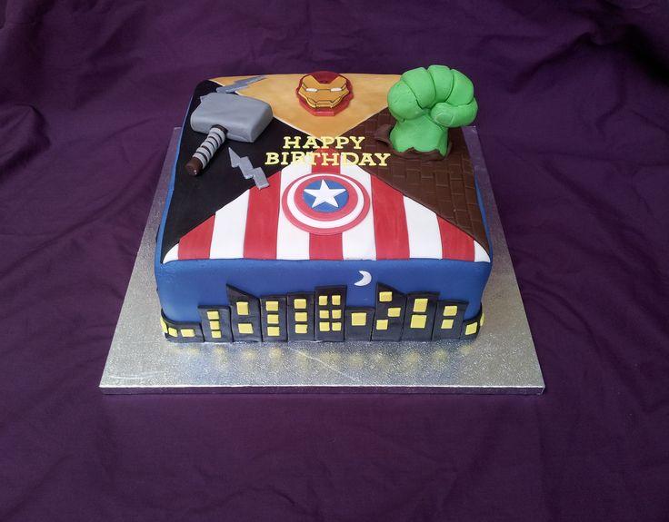 25+ best Avengers Birthday Cakes ideas on Pinterest ...