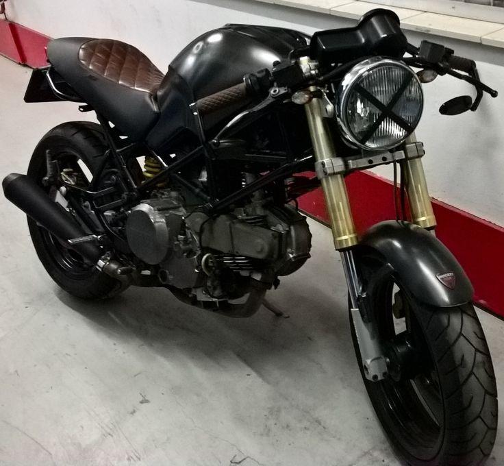 Ducati Monster 600 Cafe Racer