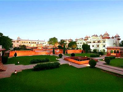 #JaipupWeddingPlanners Jaipur is also known as the pink city. Many royal people, kings, film star come here for make their wedding memorable. Shiv Vilas Palace, City Palace, Jaimahal Palace, Samode Haveli are the places which are famous for wedding purpose. Many planners are here for suggest you wedding places.