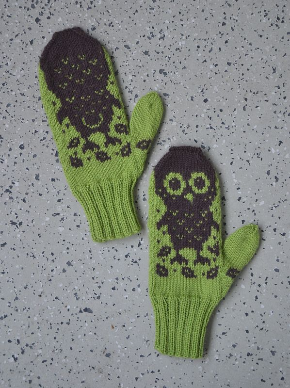"Pistachio green ""Horatio and Oren"" mittens by Lankatarina."