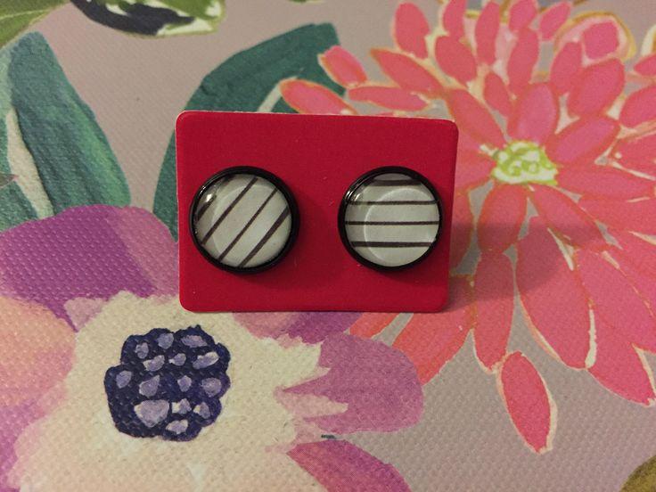 Black & White Stripes Earrings https://www.etsy.com/listing/570291595/striped-earrings-black-white-glass | #earrings #cabochon #glass #stripes #accessories #etsy