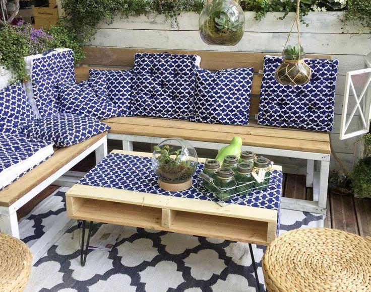 Les 25 meilleures id es de la cat gorie meubles peint en for Table exterieur jardiland