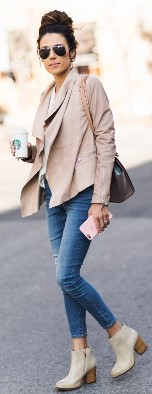 Nude and neutral jacket + trends this spring + elegant and smart + Christine Andrew.  Boots: Hushpuppies, Jacket: Nordstrom, Jeans: Old Navy.