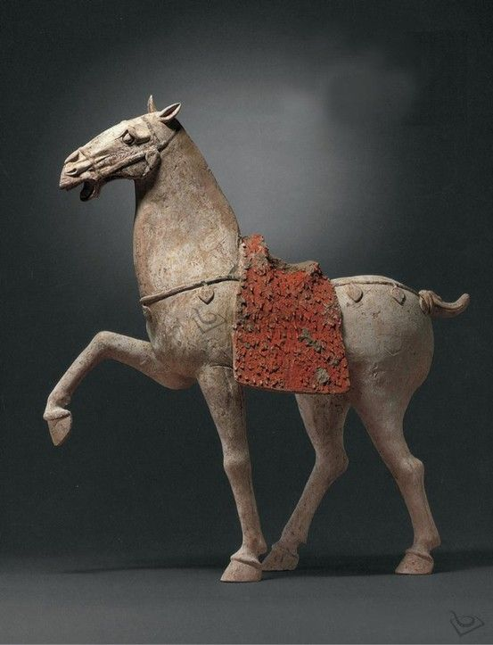 Tang Dynasy (618-907) - Large painted pottery figure of a prancing horse