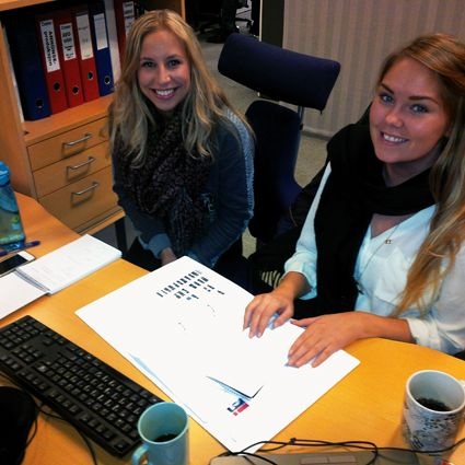 #VJ @IngridAronsen er nå på plass! Her sammen med #journalist @MichelleBjellmo (t.h). #Superlokal #Tromsø #iTromsø