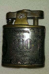 Feuerzeug mit graviertem 100 $ Schein - Wert?  http://sammler.com/antiquitaeten/index.html#Mails