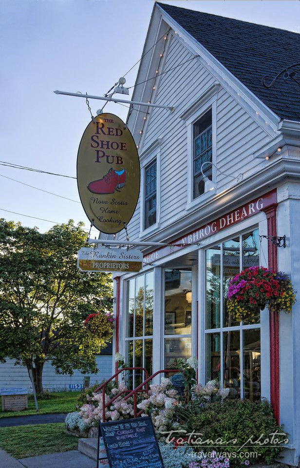 Red Shoe Pub, Mabou, Cape Breton, Nova Scotia