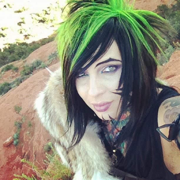 Dahvie Vanity, my favorite emo ever. Doesnt look like he cuts himself and Im pretty sure he doesnt complain about how his life sux