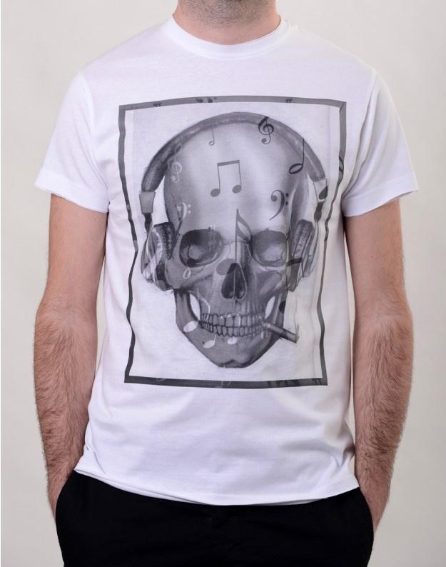 Resident DJ T-Shirt  http://www.hotncool.ro/barbati/resident-dj-tshirt.html