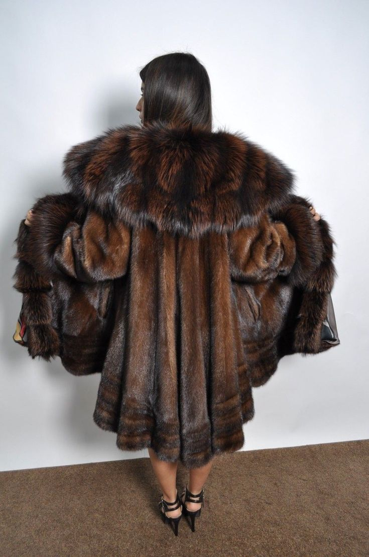 "Used brown saga mink coat, like. This fur is completed. A :44cm B : 62 cm D :124cm F :100cm G :340cm. USA size-12. the lining is changed ""new"". with the professional cleaning process and. NUOVA . 