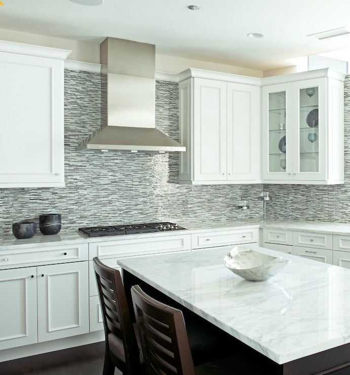 Glass tile backsplash white cabinets glass mosaic linear for Grey blue white kitchen