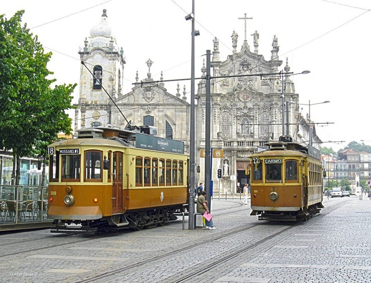 Downtown, @ Porto - Portugal    Photo by Faria Dâmaso  www.facebook.com/oportocity
