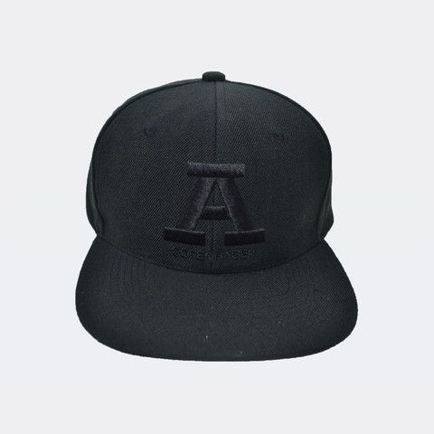 Unisex - Classic black on black snapback from Audace Copenhagen - 80% Acrylic 20% wool http://www.audace.dk/collections/caps/products/a-copenhagen-snapback-sort