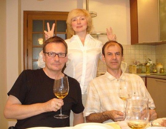 Друзья, сегодня - особенный день! Потому что свой день рождения празднует Павел Владимирович Брюн (на фото он в нашем семейном кругу!). Человек, который добился…