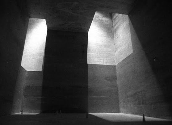 architecture and accessories: The sacred and the profane church of San Sebastian