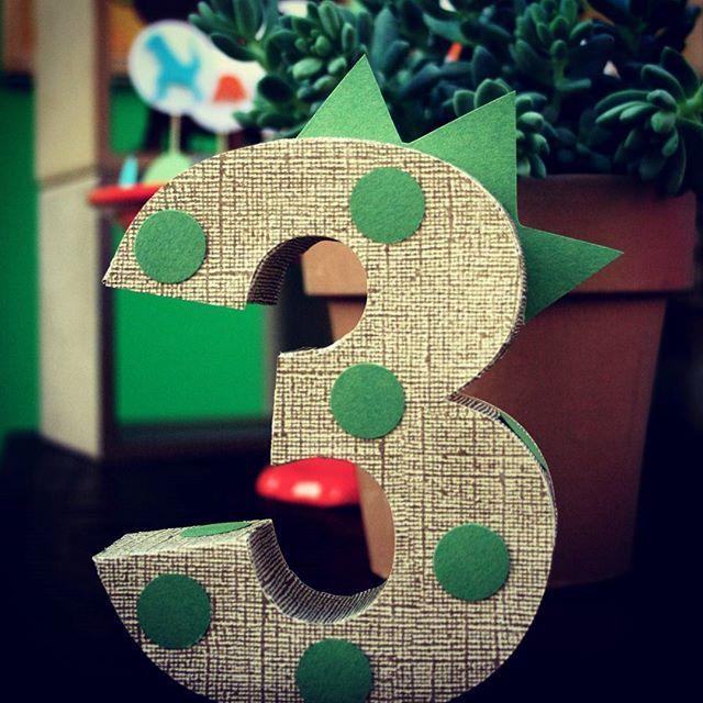 Dinossauros!! #festainfantil #festapersonalizada #festamenino #festadinossauro…