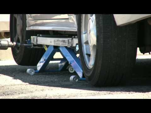 EZcarlift -- Model SU - mobile mechanics' lift - YouTube