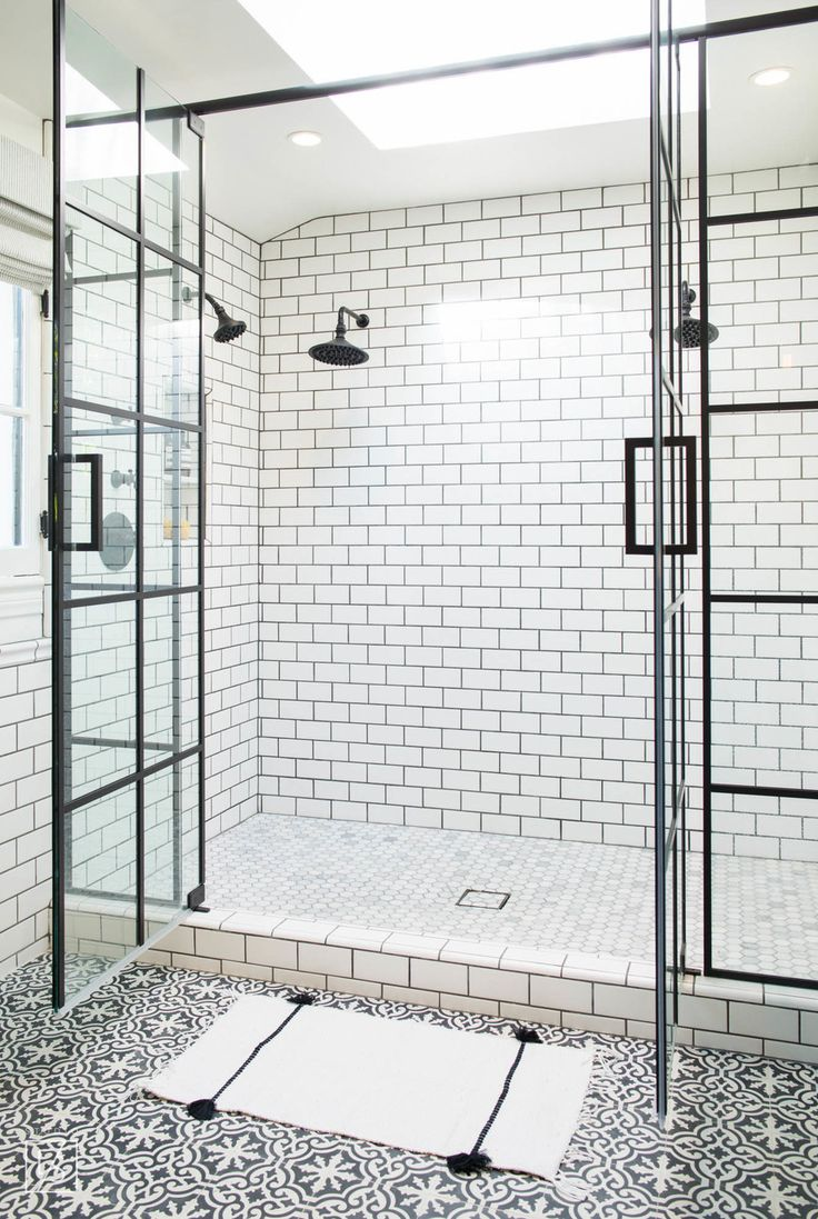 las palmas // decorative tile // white and black bathroom // steel and glass shower doors // dream bathroom // subway tile