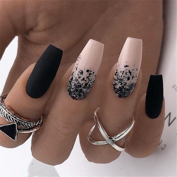 20 schwarz-weiße Acrylnagelideen – Nailart