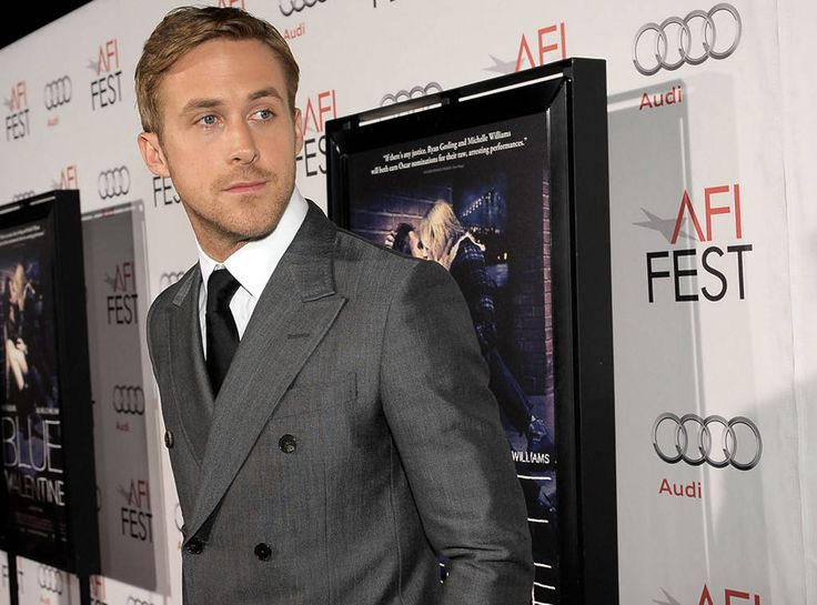 Be My Valentine? from Ryan Gosling's Hottest Pics!  The actor poses at the premiere of Blue Valentine while wearing a perfectly fitted gray suit.MORE PHOTOS: Celebs who love Ryan Gosling