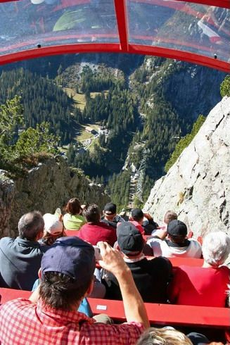 Steepest funicular in  #Innertkirchen,  #Switzerland http://en.directrooms.com/hotels/subregion/2-6-31/