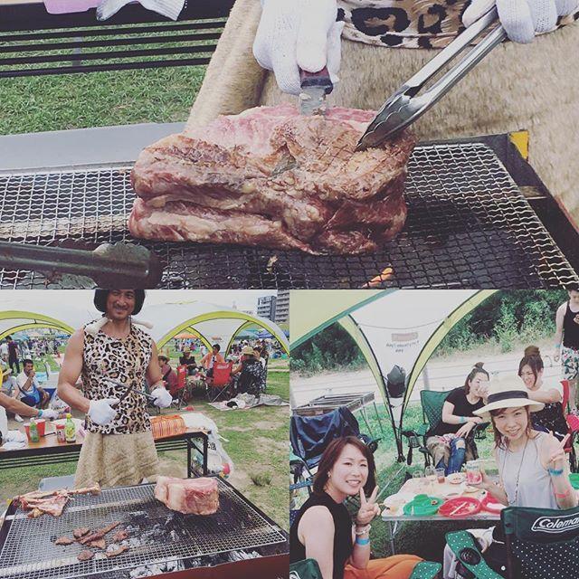 . 暑かったー☀️☀️☀️!! けど楽しかったーー😆❤️ . 今日は知り合い主催のBBQで食べて飲んで楽しみました😆🍖 鹿肉を持った原始人が現れて色んなお肉をたくさん焼いてくれました😋💕 他にも魚、貝類、野菜もパスタも食べまくり😋😋😋 食べ過ぎてまだ消化不良w . 充実した日を過ごせました😊💓 . #bbq #バーベキュー #肉 #beef #野外 #飲み #食べるの大好き #充実 #外 #暑い #食べることが幸せ #大人数 #食べ過ぎ #楽しい #焼けた #仕事休み #instafood #instagood #food #友達